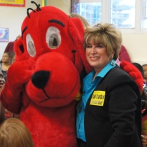 East Hartford Education Association President Karen O'Connell poses with Clifford (principal Catherine Ciccomascolo in costume).