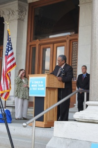 Rep. Ed Gomes was one of many legislators who spoke at the rally.