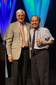 Former NEA President and National Teachers Hall of Fame board member Keith Geiger presented Kozol with the 2016 Friend of Education Award.