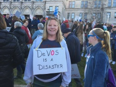 devos-is-a-disaster